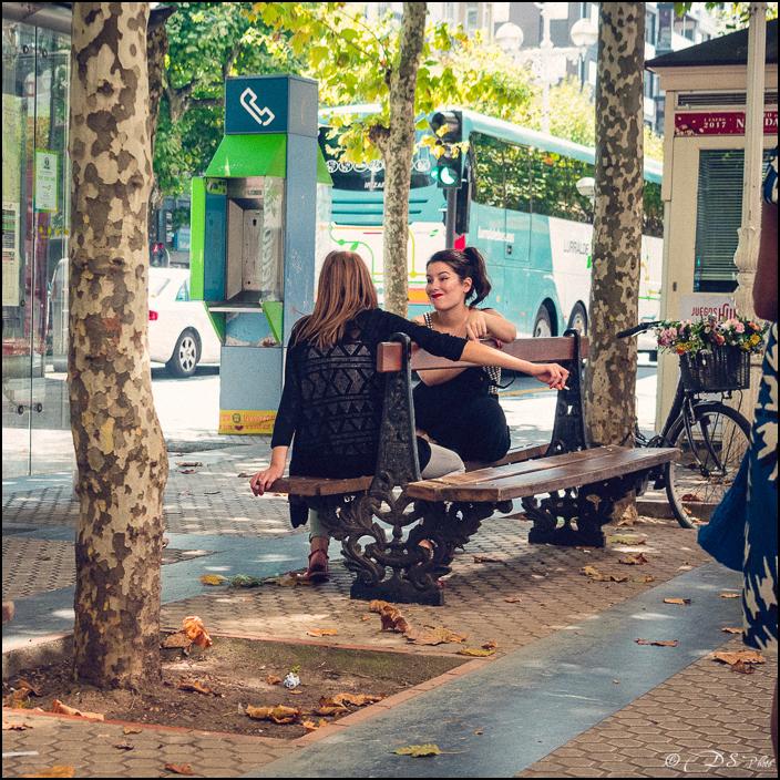 [SERIE] Ambiances de rue, de Biarritz à San Sebastian... [+ Ajouts] 20170105195804-5d34f9a0