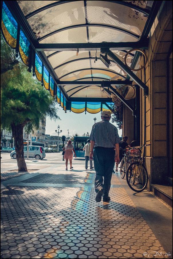 [SERIE] Ambiances de rue, de Biarritz à San Sebastian... [+ Ajouts] 20170105195819-3018a959
