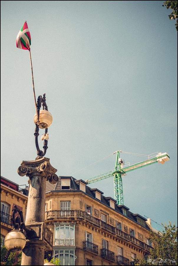 [SERIE] Ambiances de rue, de Biarritz à San Sebastian... [+ Ajouts] 20170105195918-7e9f4972