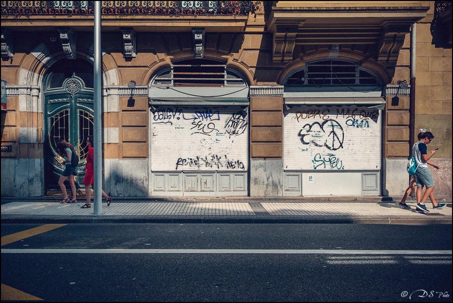 [SERIE] Ambiances de rue, de Biarritz à San Sebastian... [+ Ajouts] 20170105195925-2a634990