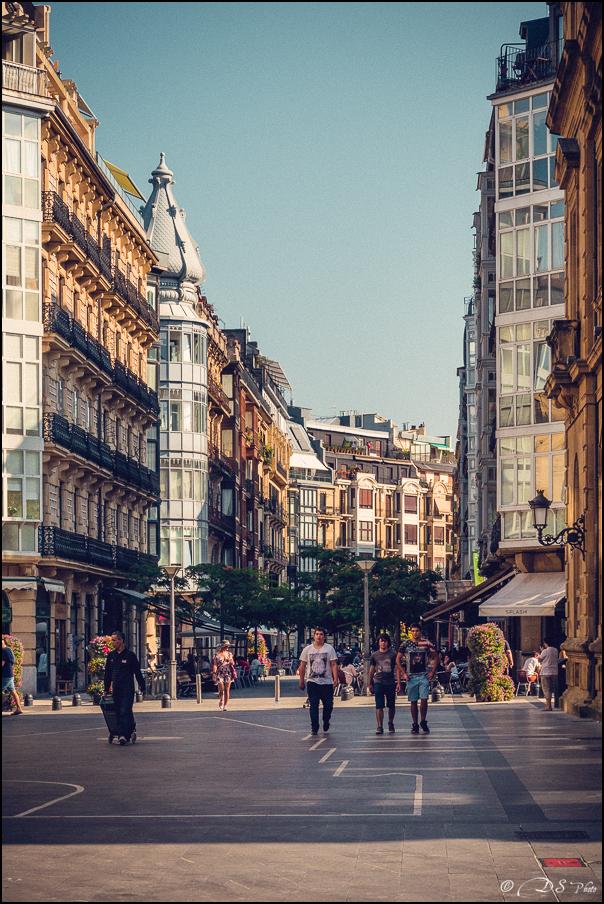 [SERIE] Ambiances de rue, de Biarritz à San Sebastian... [+ Ajouts] 20170105200032-c816fc09