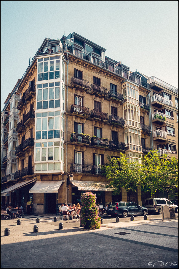 [SERIE] Ambiances de rue, de Biarritz à San Sebastian... [+ Ajouts] 20170105200045-a3b37f12
