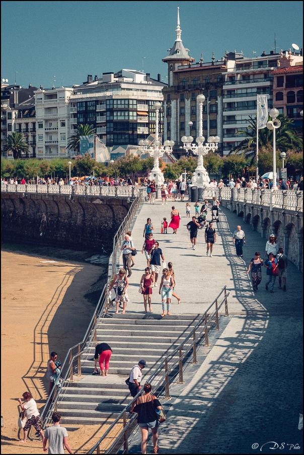 [SERIE] Ambiances de rue, de Biarritz à San Sebastian... [+ Ajouts] 20170105200707-cc754d50